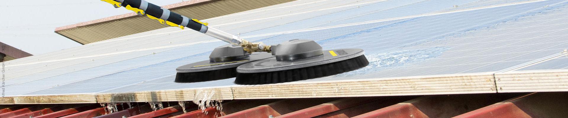 Reinigung von Photovoltaik- und Solaranlagen